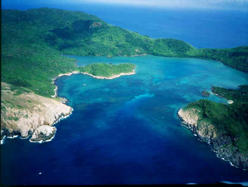 Vé máy bay  Rạch Giá đi Côn Đảo
