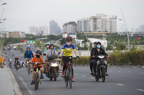Sau cách ly, Sài Gòn vẫn còn nghỉ ngơi yên bình lạ thường - Ảnh 3.