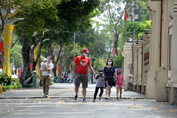 Sau cách ly, Sài Gòn vẫn còn nghỉ ngơi yên bình lạ thường - Ảnh 7.