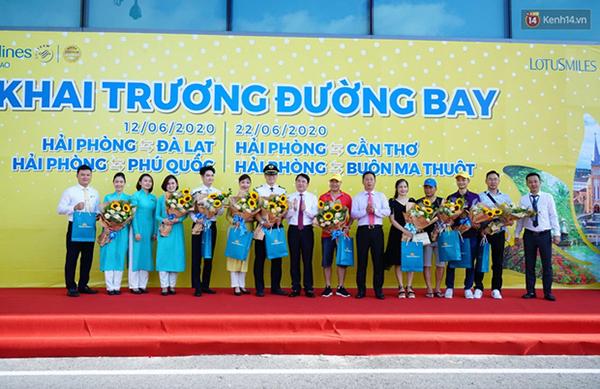 Vietnam Airlines khai trương 7 đường bay mới kết nối Vinh, Hải Phòng với các tỉnh, thành - Ảnh 1.