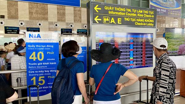 Sân bay Nội Bài ngừng phát thanh thông tin chuyến bay - Ảnh 2.